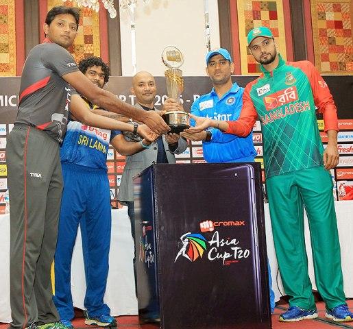 Malinga steps down as Lanka captain ahead of World T20