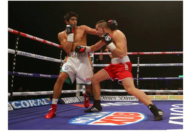 Vijender Singh continues winning spree in professional boxing, beats Alexander Horvath