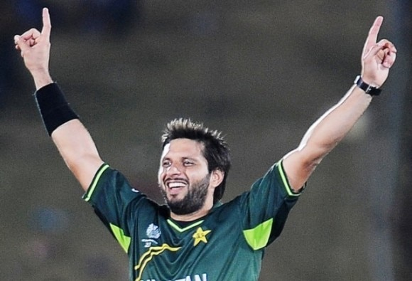 Afridi knows how to tackle challenges, says his brother