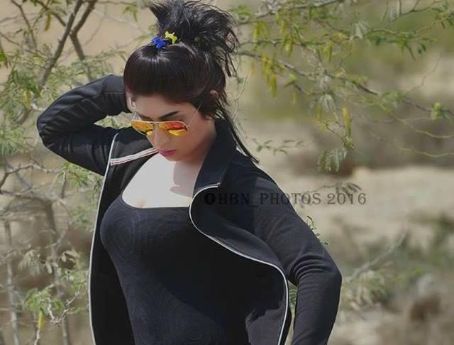 Qandeel Baloch to do strip dance if Pakistan beat India