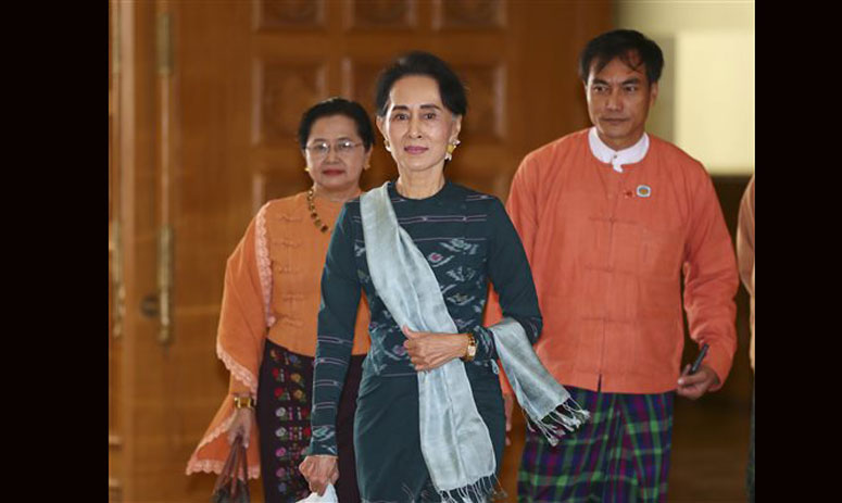 Myanmar elects Htin Kyaw as first civilian president in decades
