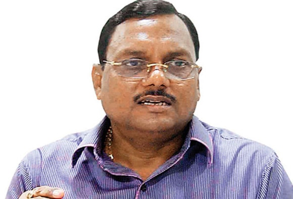 yadav singh and wife booked in a corruption case, charge sheet filed
