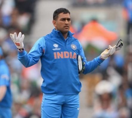 M S dhoni rips into journalist after india vs bangladesh t20 match