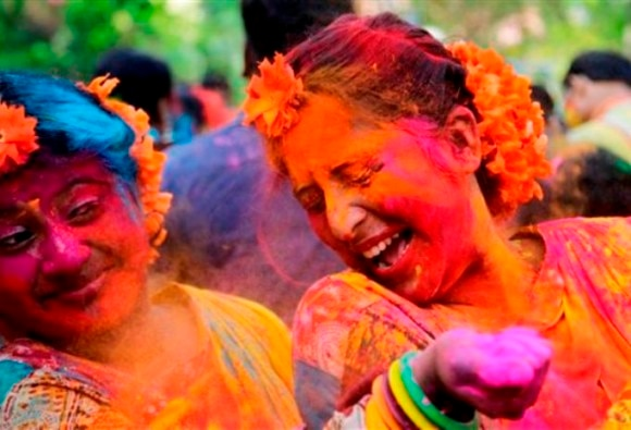 holi festival look from News18 Holi 2017: Here's How You Can Look Your Best For The Festivities