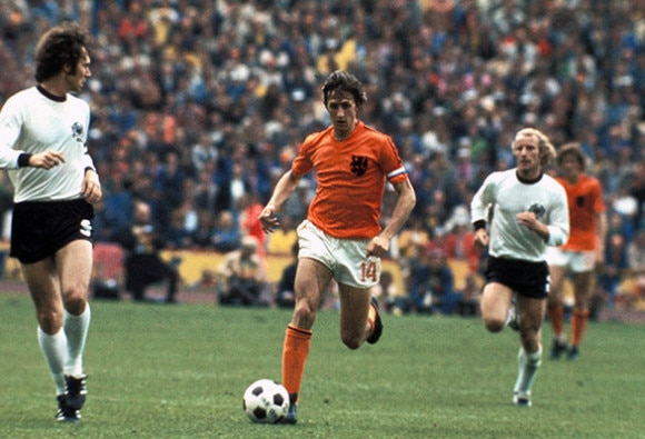 Johan Cruyff dies of cancer aged 68