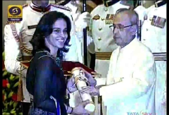 President Pranab mukherjee to present padma awards today