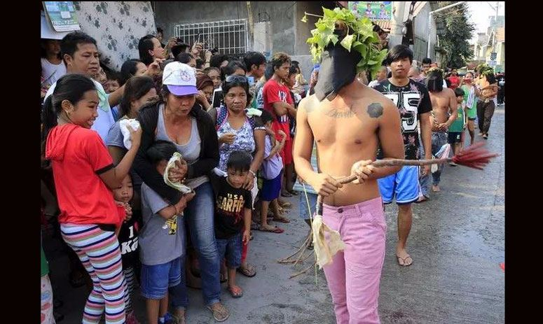 Philippine Believers Mark Easter with Self-flagellate