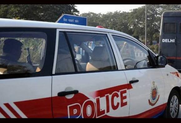 भारत-पाकिस्तान मैच पर सट्टा लगाते 3 गिरफ्तार, दिल्ली पुलिस ने होटल से पकड़ा