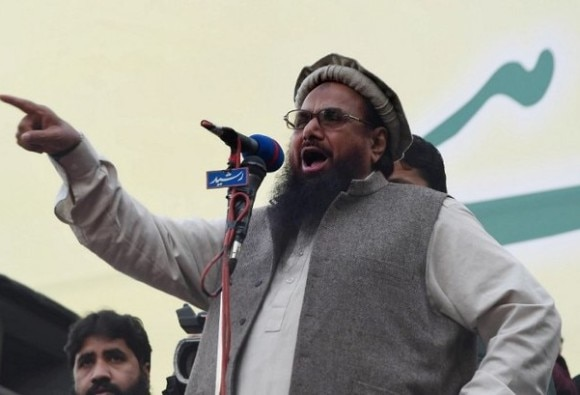 Mumbai terror attack mastermind Hafiz Saeed 's house arrest extended by another month