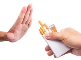 धूम्रपान छोड़ने वाले, शराब से भी कर लेते हैं किनारा: शोध