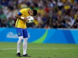RIO 2016: ब्राजील को गोल्ड मेडल दिलाने के बाद नेमार ने छोड़ी कप्तानी