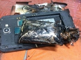 गैलेक्सी नोट 2 स्मार्टफोन फटने की घटना पर DGCA से मिले सैमसंग अधिकारी