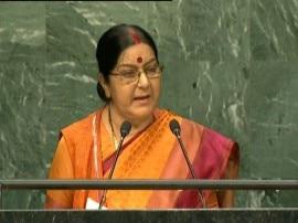कतर में भारतीयों की सुरक्षा के लिये हरसंभव प्रयास करेगी सरकार: सुषमा