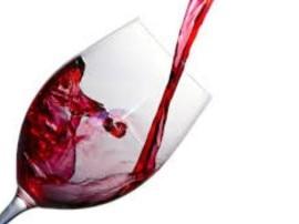 ... तो इस तरह से महिलाओं को फायदा पहुंचा सकती है वाइन!
