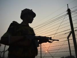 पंजाब : गुरदासपुर में BSF ने पाकिस्तानी घुसपैठिए को मार गिराया