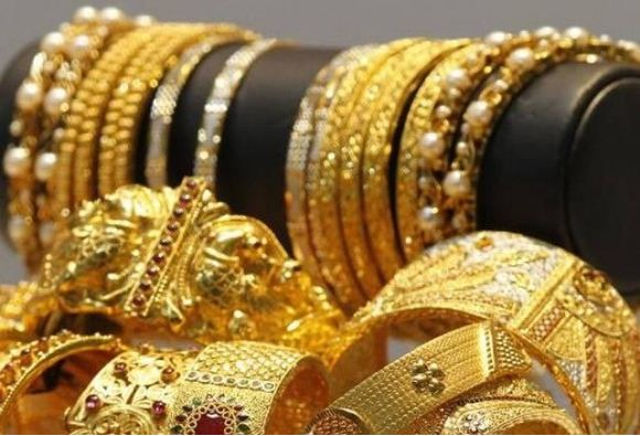 gold and silver prices are up today due to global cues