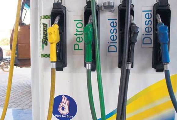 Govt will not reduce tax on petrol-diesel, hoping to decrese cost of fuel products
