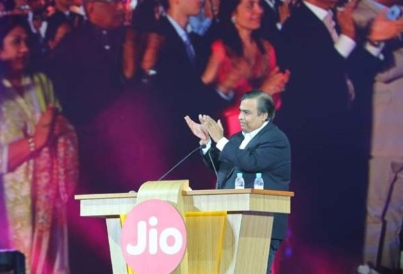 Reliance Jio has the second largest userbase in India: Truecaller