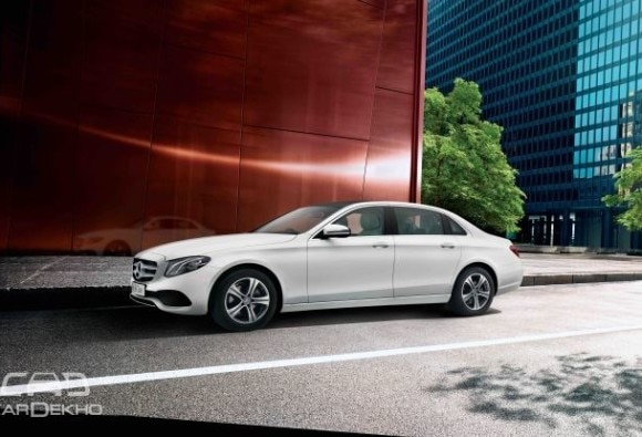 mercedesbenz-eclass-extended-wheelbase-old-vs-new-spec-comparison