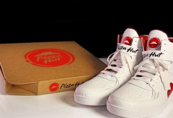 Pizza Hut shoes take easy ordering to the next level