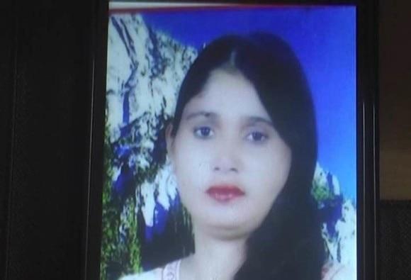 Delhi Crime : Man kills wife