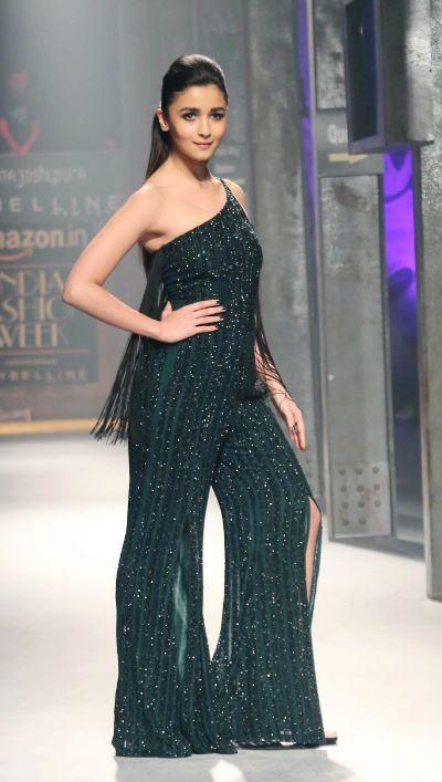ashion designer Namrata Joshipura with Bollywood actor Alia Bhatt during her show at the Amazon India Fashion Week Autumn Winter 2017