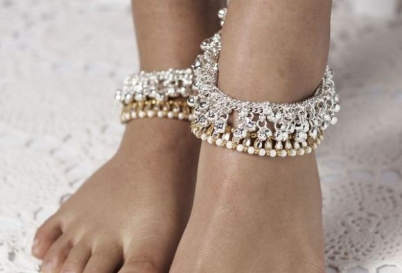 Unknown Benefits Of Wearing Anklets