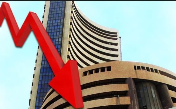 market closed in red zone, sensex slips 130 poibts