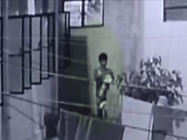 'लेडीज अंडरगारमेंट्स' पहनकर करता है चोरी, इस चोर की नजर रहती है 'गर्ल्स हॉस्टल' पर