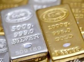 चांदी में आई जोरदार तेजीः सोने के दाम में नहीं दिखा बदलाव