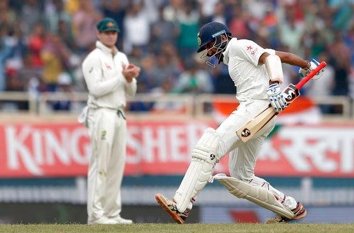 RECORD: एक सीज़न में सबसे ज्यादा रन बनाने वाले बल्लेबाज़ बने चेतेश्वर पुजारा