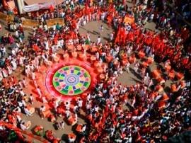 IN PICS: महाराष्ट्र में धूमधाम से मनाया गया