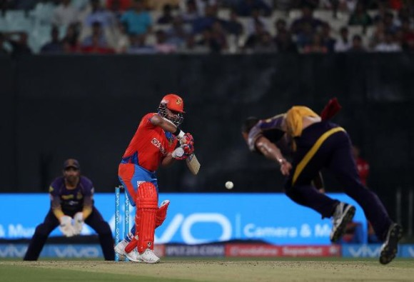 LIVE Update of IPL2017 match Between Kolkata Knight Riders(KKR) and Gujarat Lions(GL)