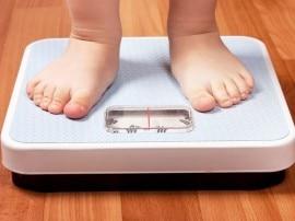 ये छोटा सा उपाय बचा सकता है बच्चों को मोटापे से!