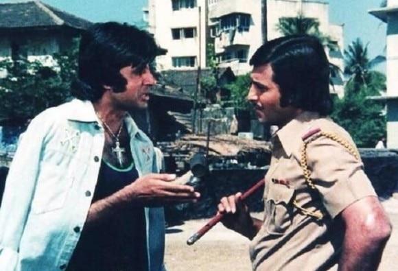 नहीं रहे दिग्गज अभिनेता विनोद खन्ना, जानें उनके बारे में 10 बड़ी बातें...