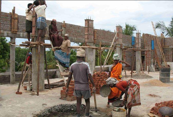 संघर्ष के अग्निपथ पर 'मजदूर दिवस' की विरासत ही ले जाएगी!