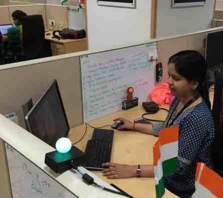 Red light, green light invention prevents work interruptions