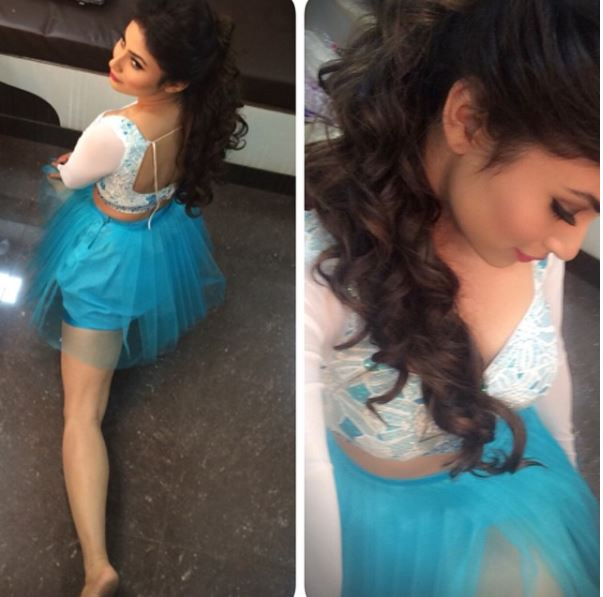 which style of mouny roy you like?