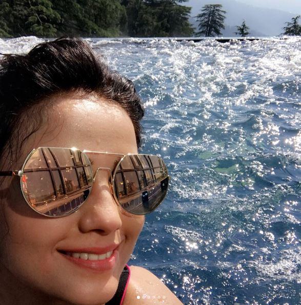 'Naagin 2' actress Adaa Khan Celebrated her birthday in Shimla