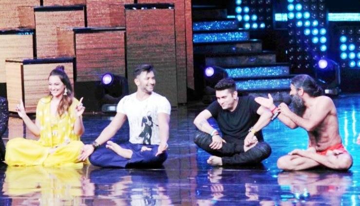 Baba Ramdev's class of yoga in 'Nach Baliye 8'