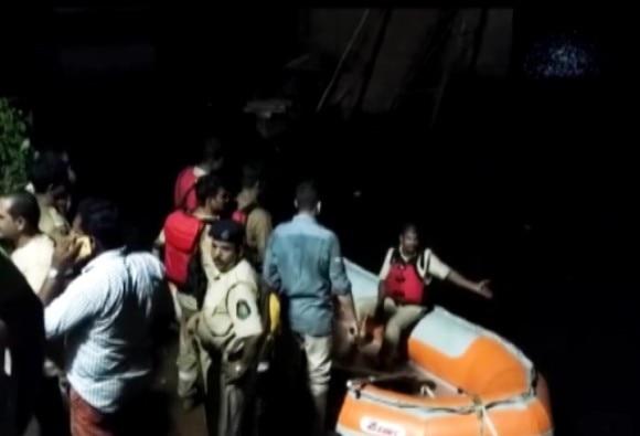 50 Fall In Goa's River As Bridge Collapses