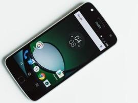 शटरप्रूफ ग्लास के लैस मोटो Z2 फोर्स स्मार्टफोन में हो सकता है डुअल रियर कैमरा!