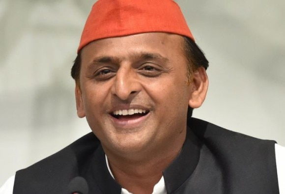 Former UP CM Akhilesh Yadav's convoy passed toll plaza in Barabanki without paying toll tax