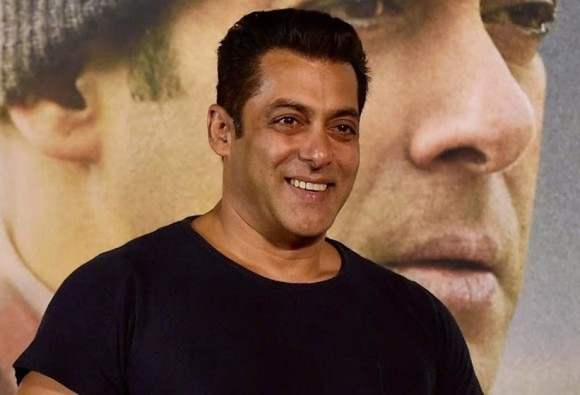 Salman Khan wishes luck to Anupam Kher for 'Ranchi Diaries'