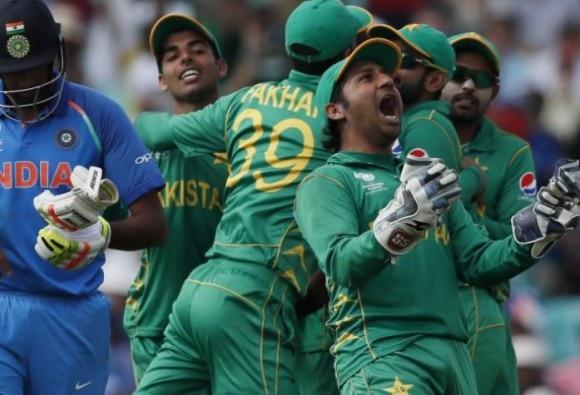 INDvsPAK: भारत को 180 से हराकर पहली बार चैंपियंस ट्रॉफी विजेता बना पाकिस्तान