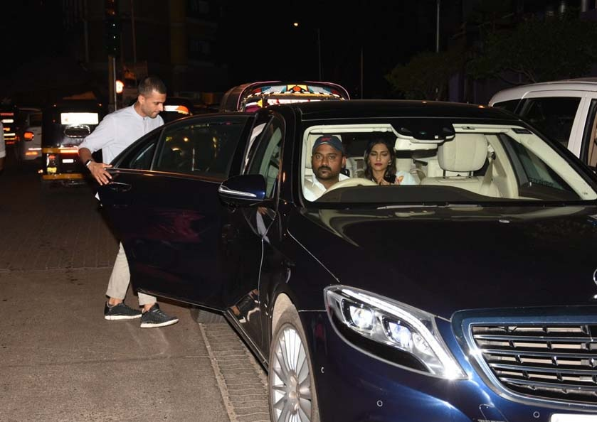 Photos: Sonam Kapoor and her rumoured beau Anand Ahuja snapped post-dinner date