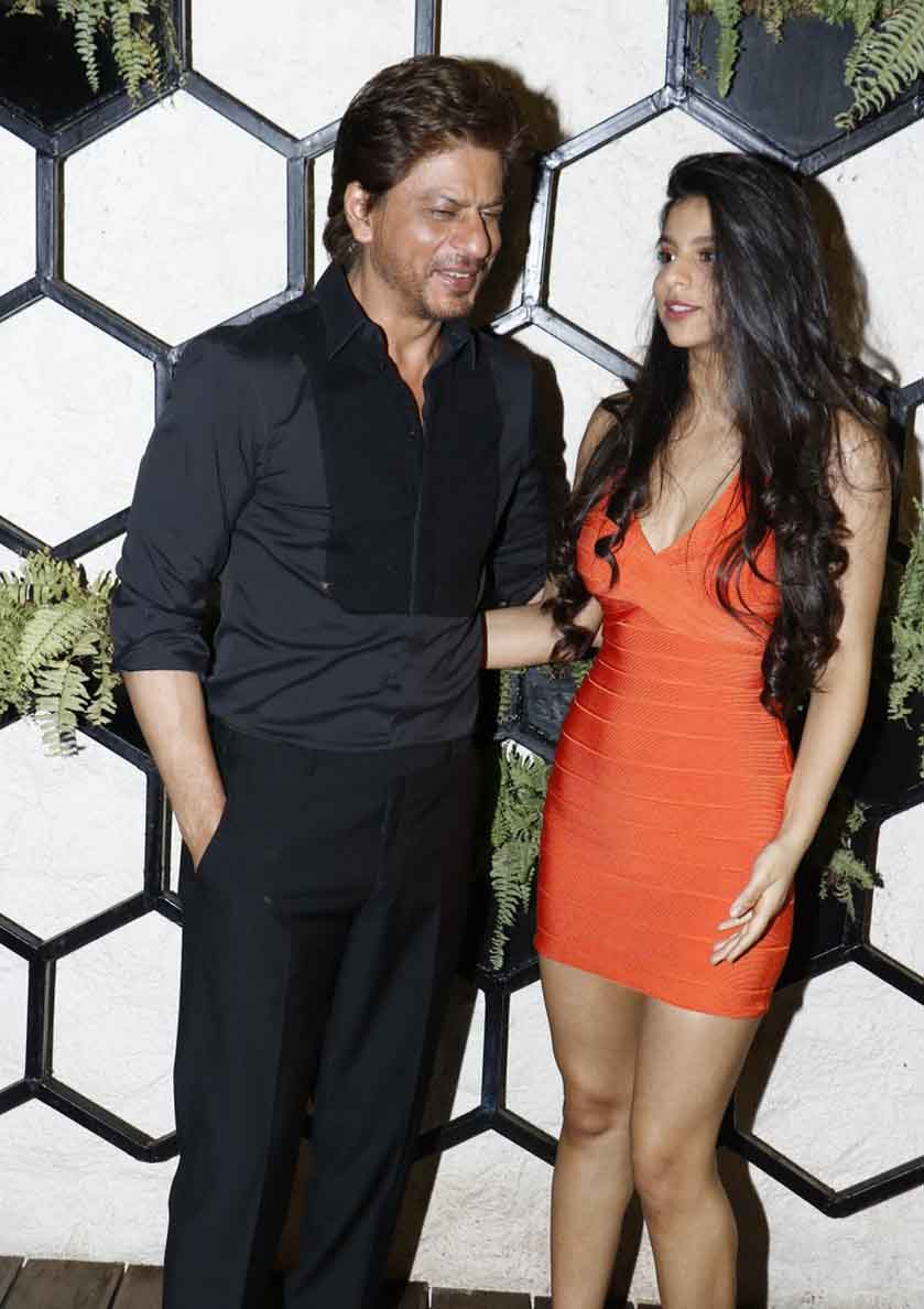 All eyes on Suhana Khan as she steps out like a diva with daddy Shah Rukh Khan – view pics