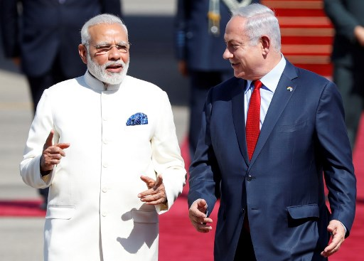 Pak closely watching Modi's trip to Israel: Report