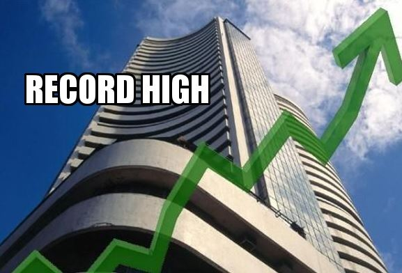 Market shown record high, first time nifty closed above 9900
