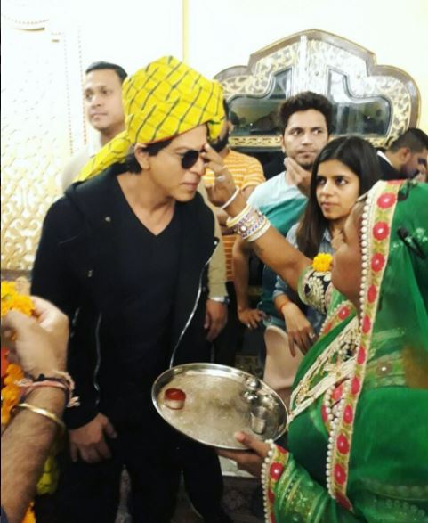 Superstar Shah Rukh Khan relishes Rajasthani Thali